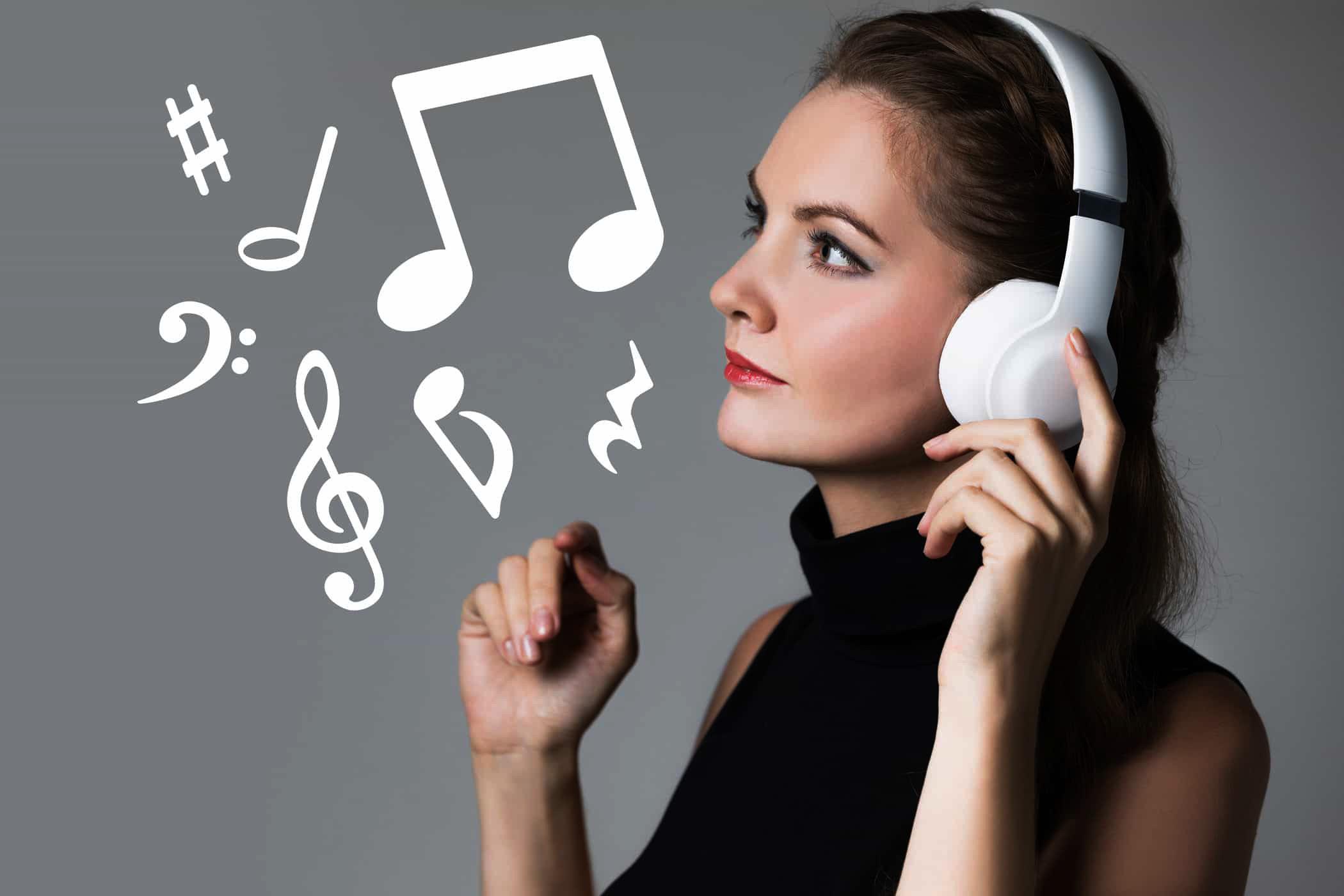 Headphone Audio Technica vs Sony