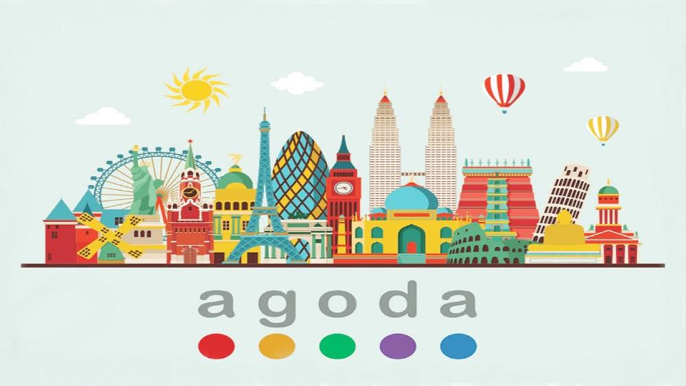 Traveloka atau Agoda