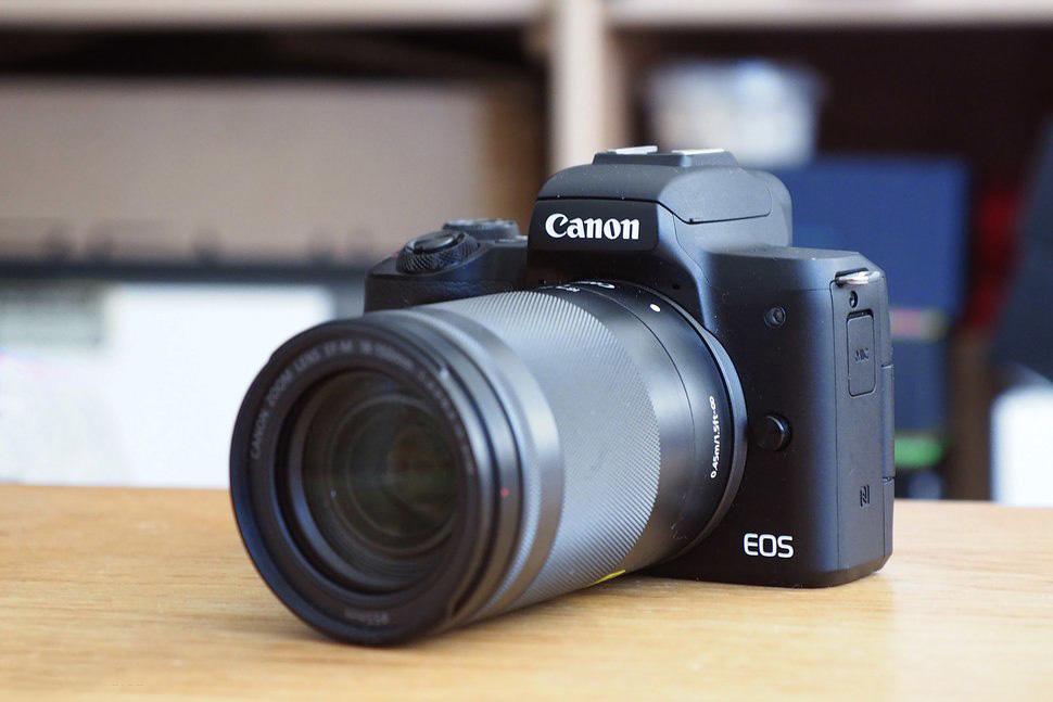 Pilih Mana: Lumix G7 vs Canon M50
