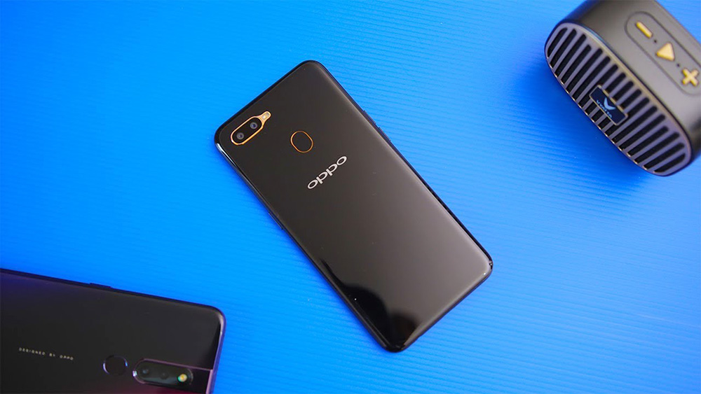 Realme 5 atau Oppo A5S