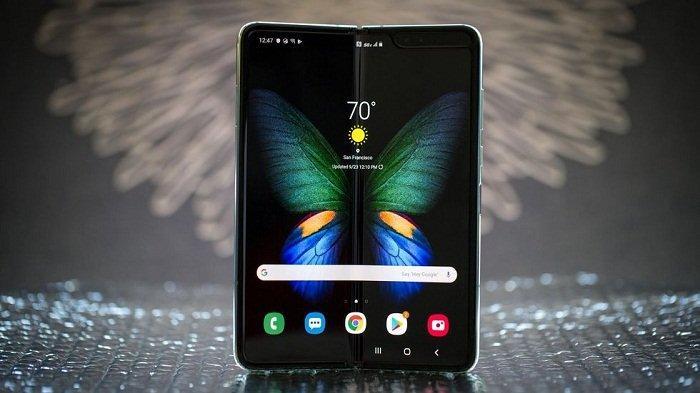 Pilih Mana: Samsung Galaxy Fold vs Note 10 Plus